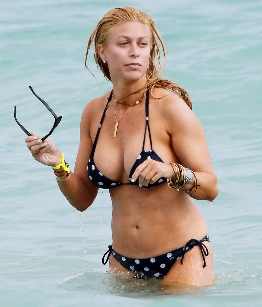 Jill Martin Exposes Her Curvy Body Wearing Skimpy Polka Dot Bikini In Miami Beach