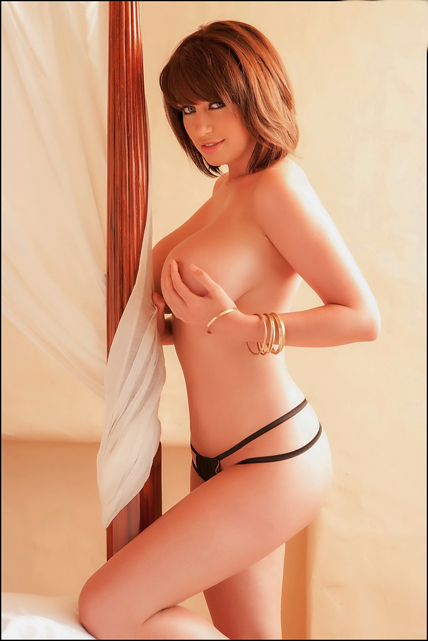 av japanese girl nude smutty