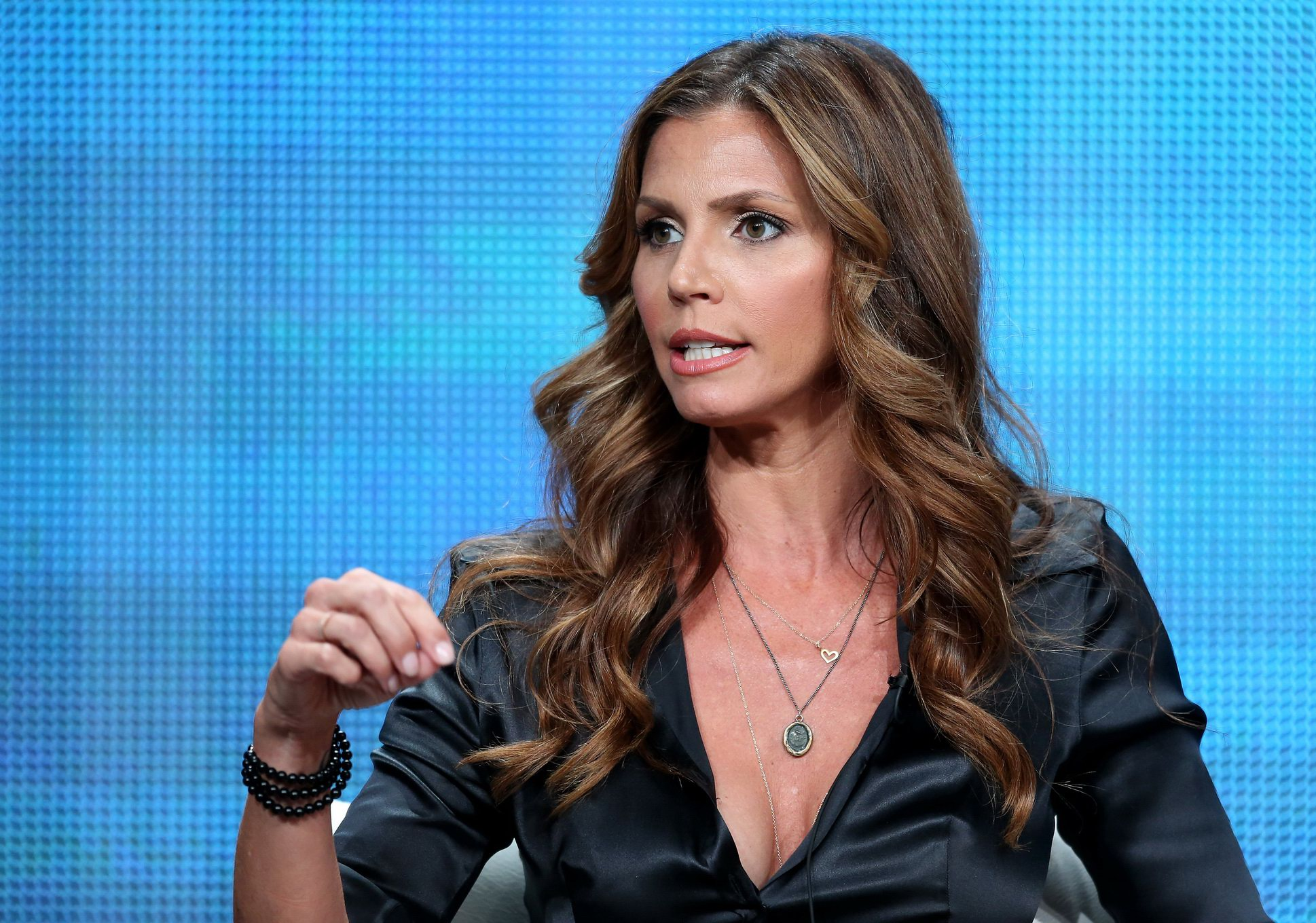 Pity, that Charisma carpenter cleavage messages something