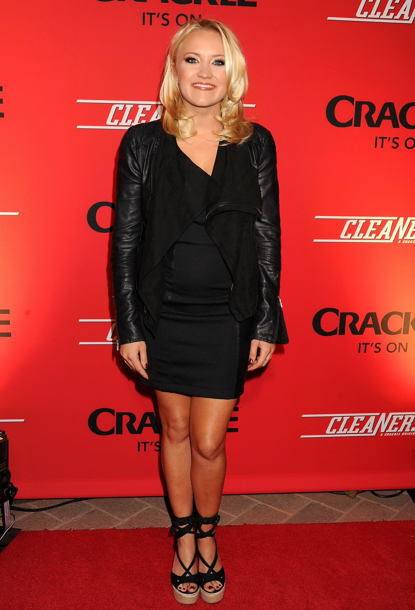 ... wearing black tube mini dress at the Cleaners premiere in Culver City: www.celeb6free.com/pics/celeb1755/emily_osment_site_tgpdevilorg.html