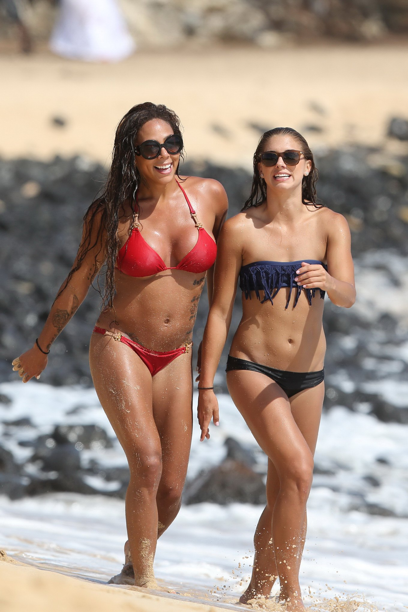 leroux showing off their hot bikini bodies at the beach in hawaii