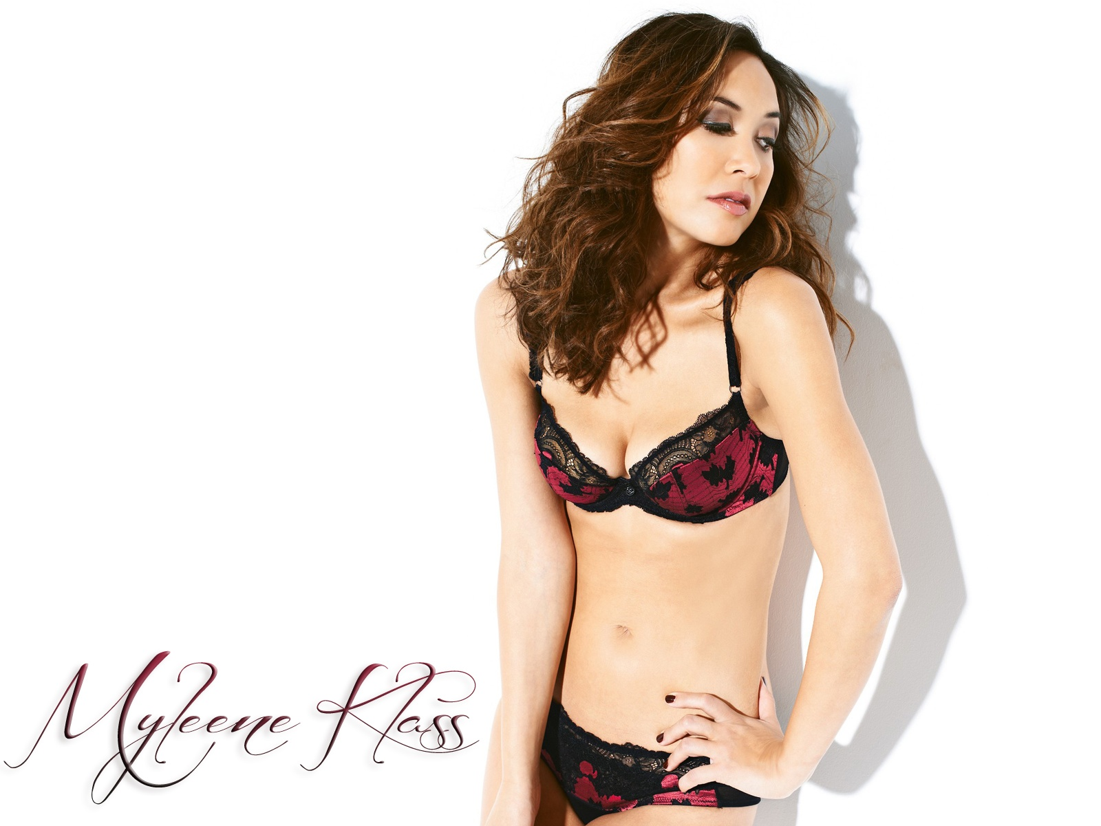 Myleene Klass Showing Off Her Hot Body At The Littlewoods