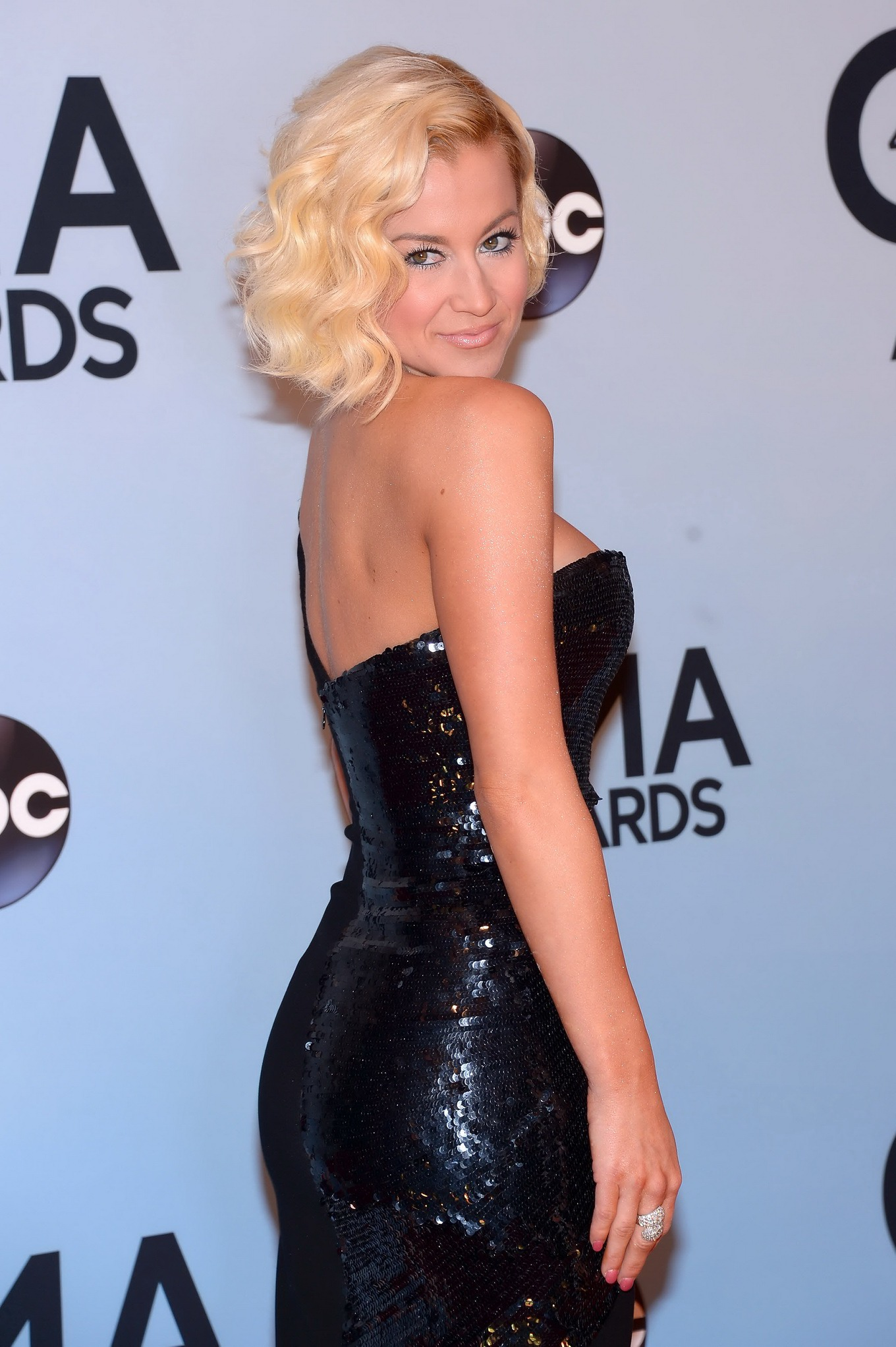 Kellie pickler dress