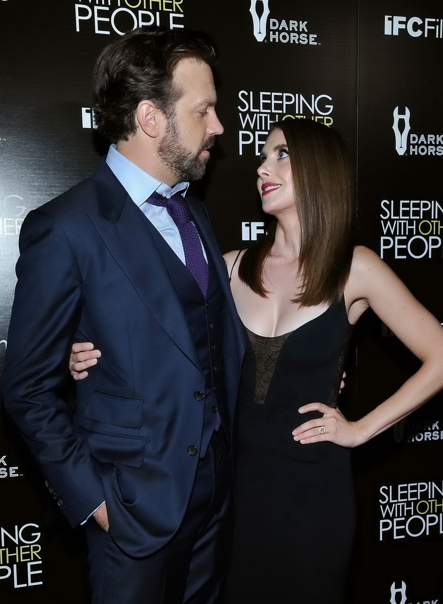 Alison brie with other people 02