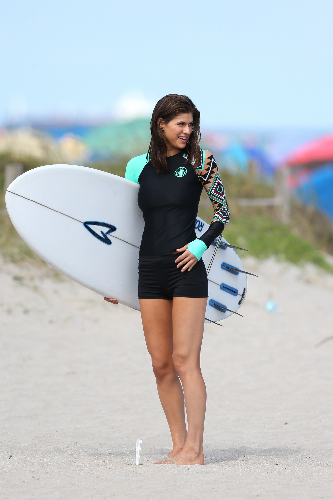 alexandra daddario shows off her hot body in bikini and wetsuit on the