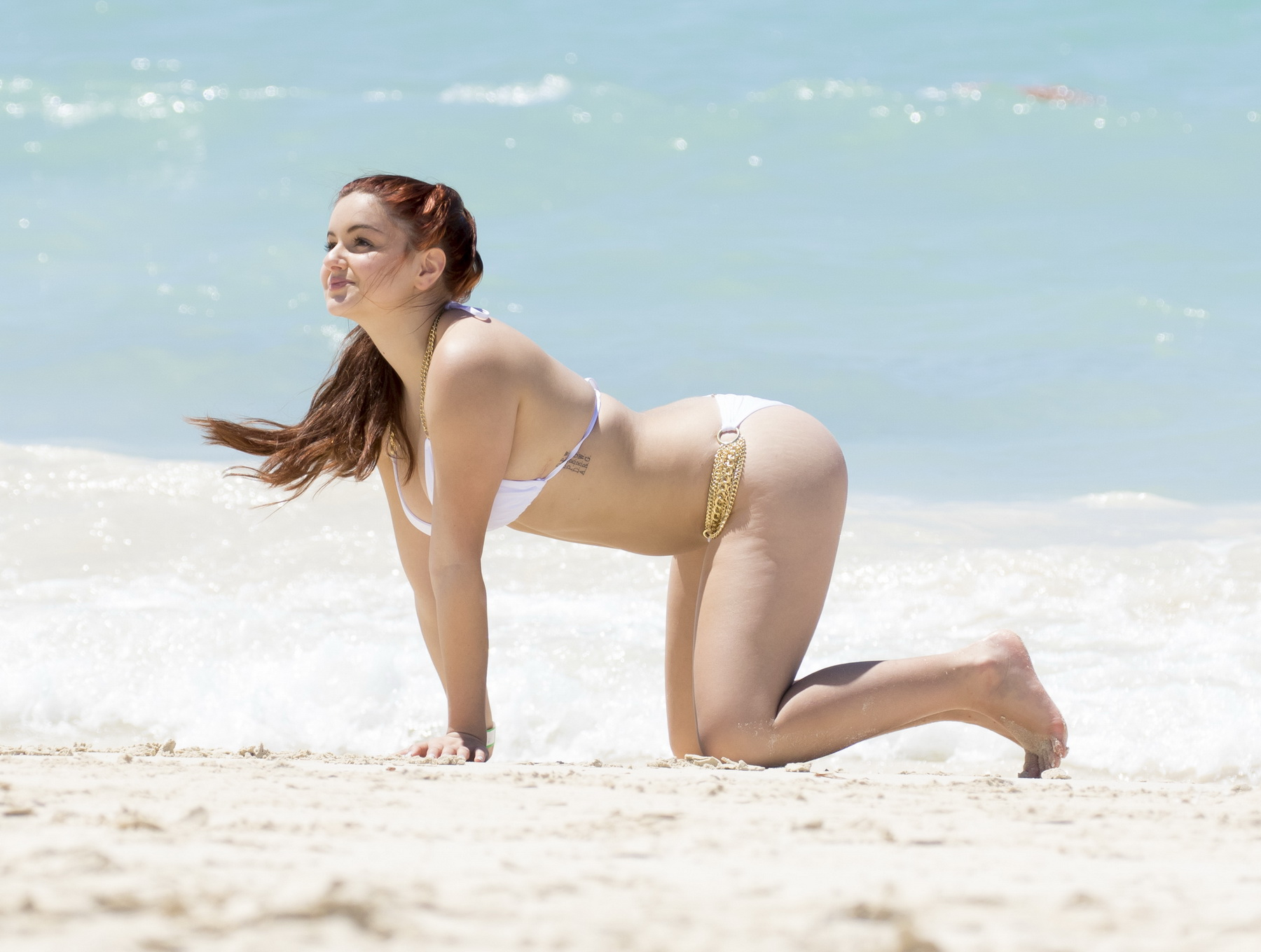 Ariel winter in white bikini on bahamas 2016 - 1 part 10