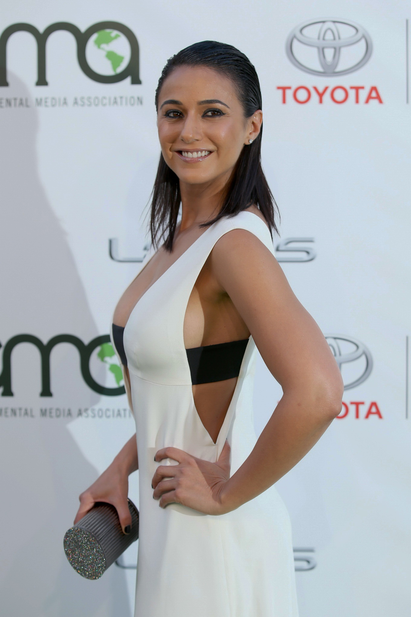 Emmanuelle chriqui in the first s02e09 - 2 part 3