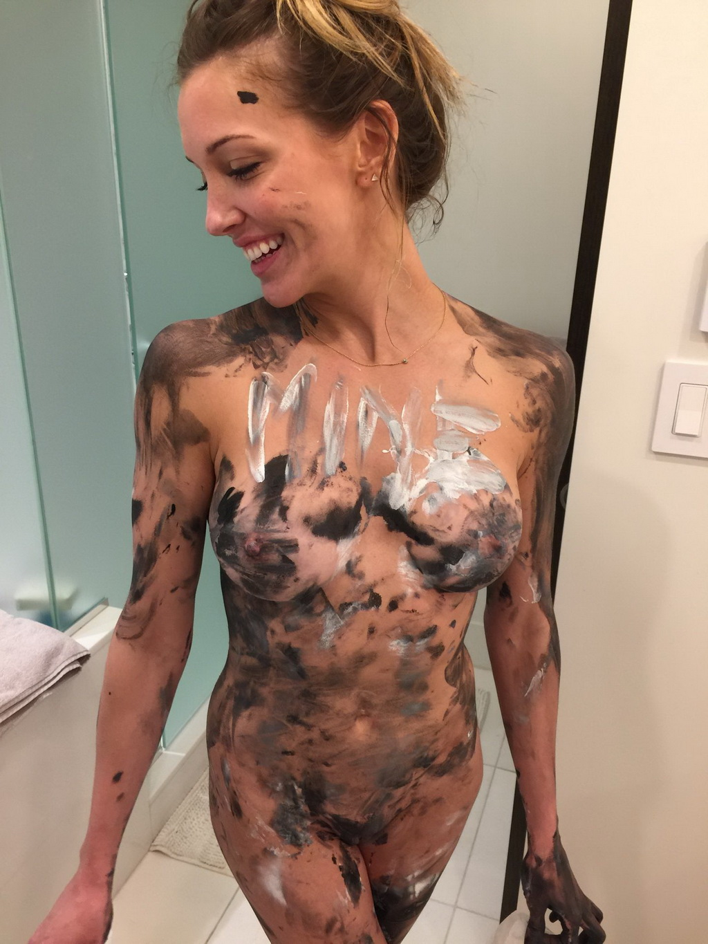 Katie cassidy leaked blowjob