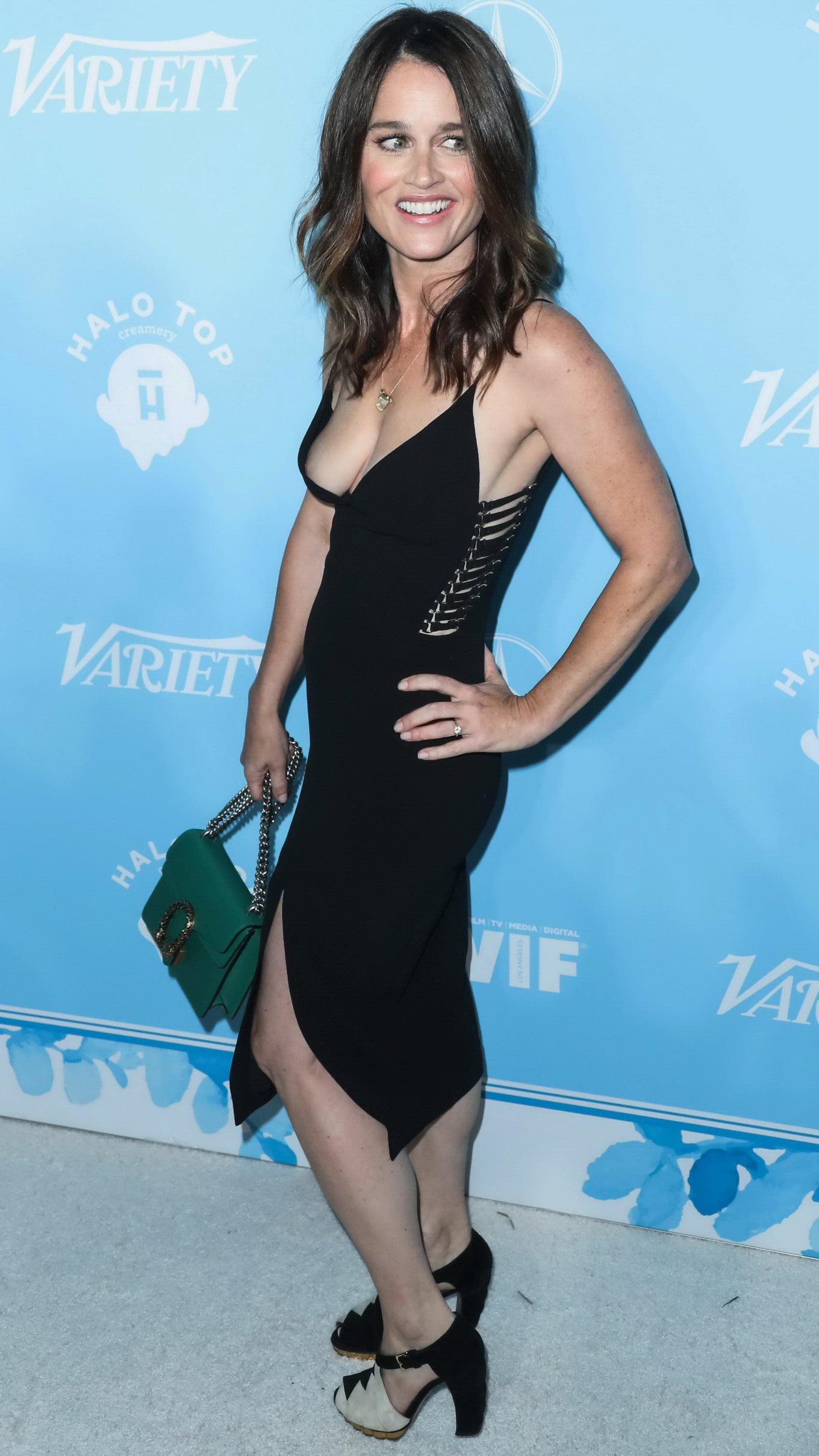 robin tunney hot and naked