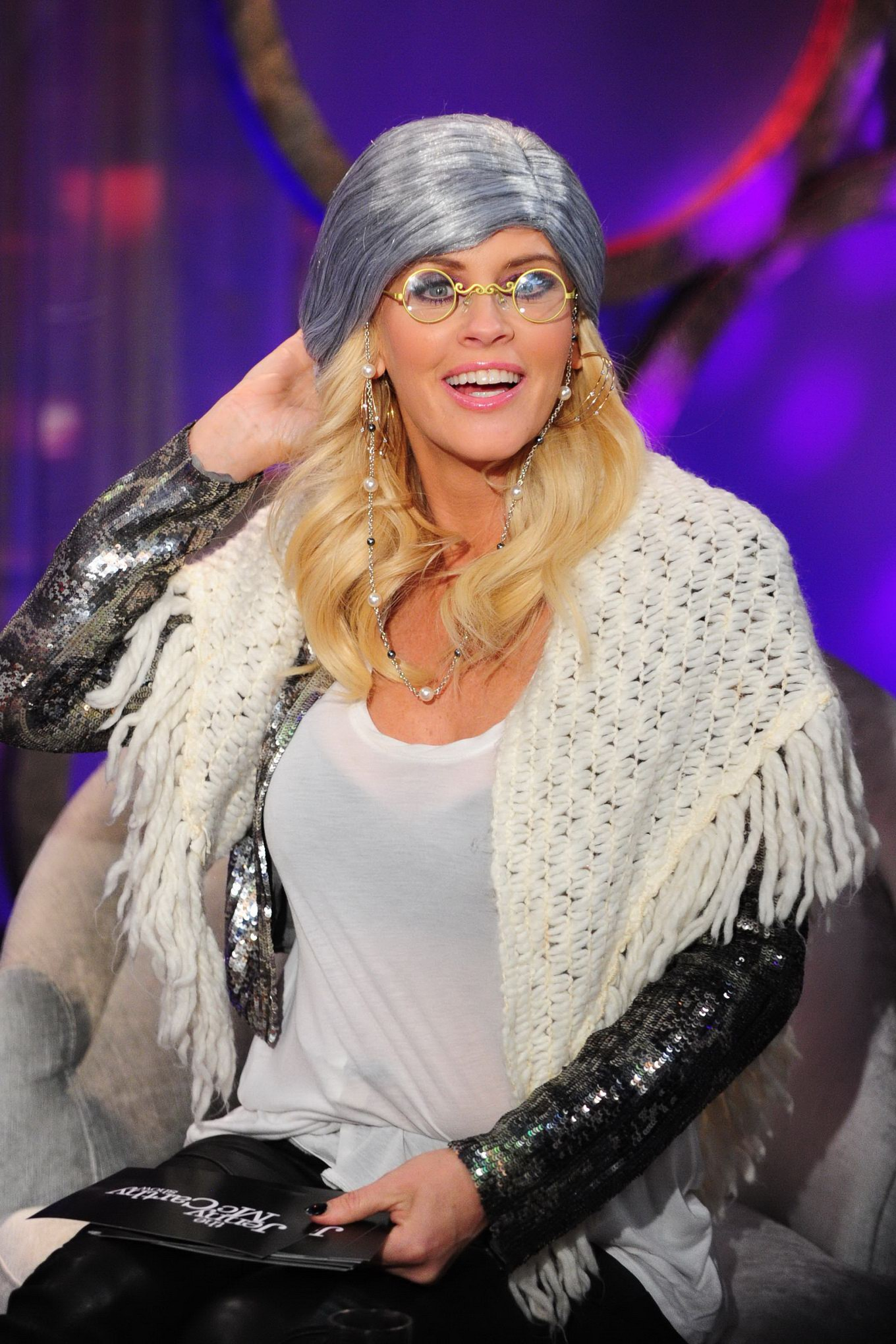 Jenny Mccarthy Groping  Getting Groped With Her Guests In Lingerie  Stockings At Her -7686