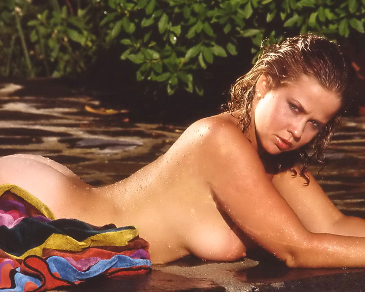 linda blair nude photos